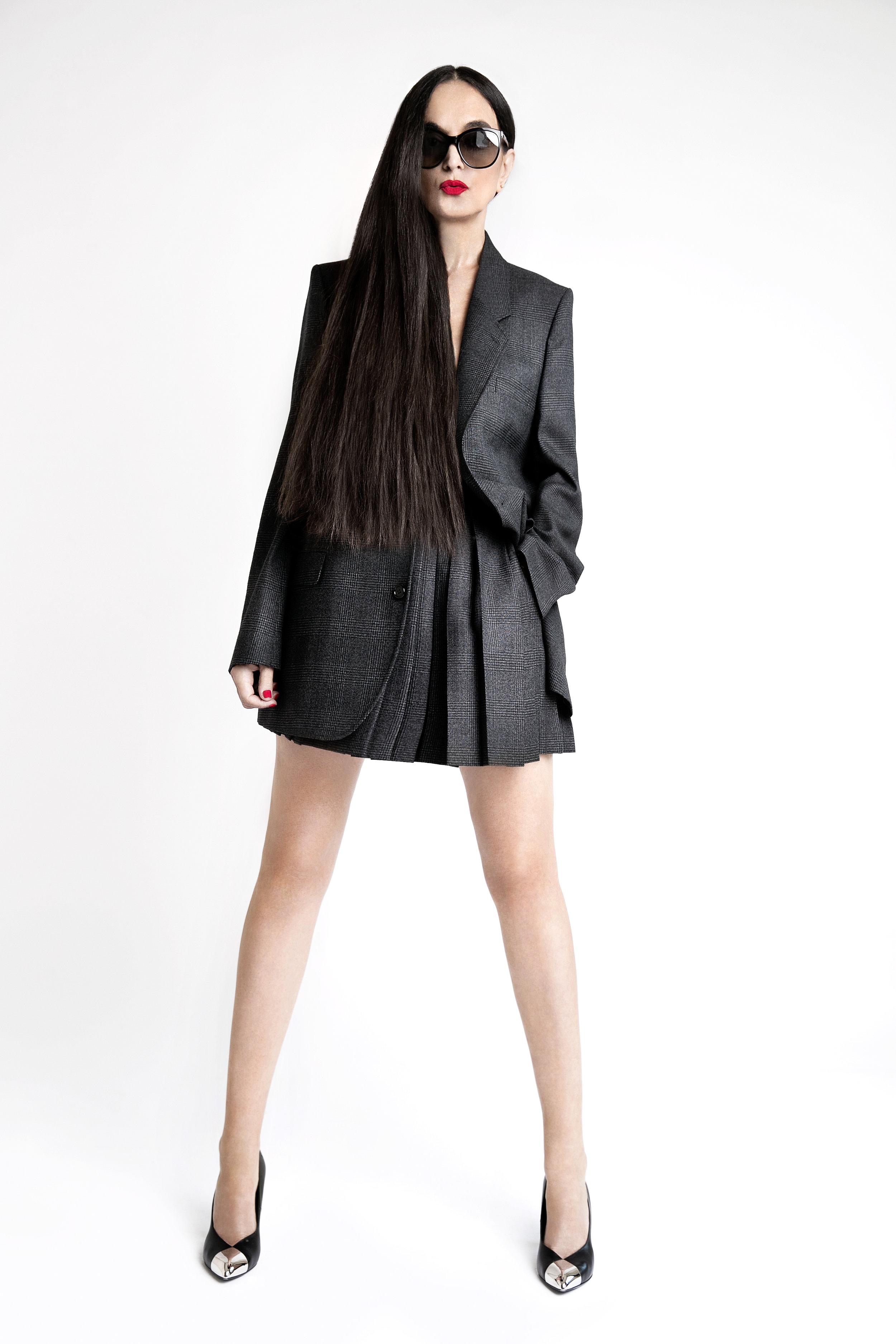 Suit and shoes Céline, Sunglasses Tom Ford. Photo  Lena Di