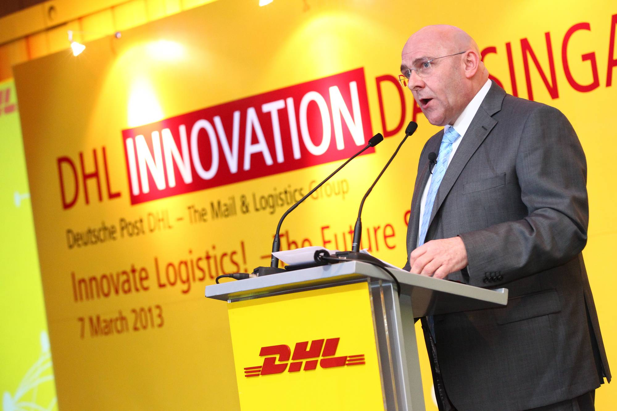 2013-03 SIN DHL Innovation Day@PanPacific (1).jpg