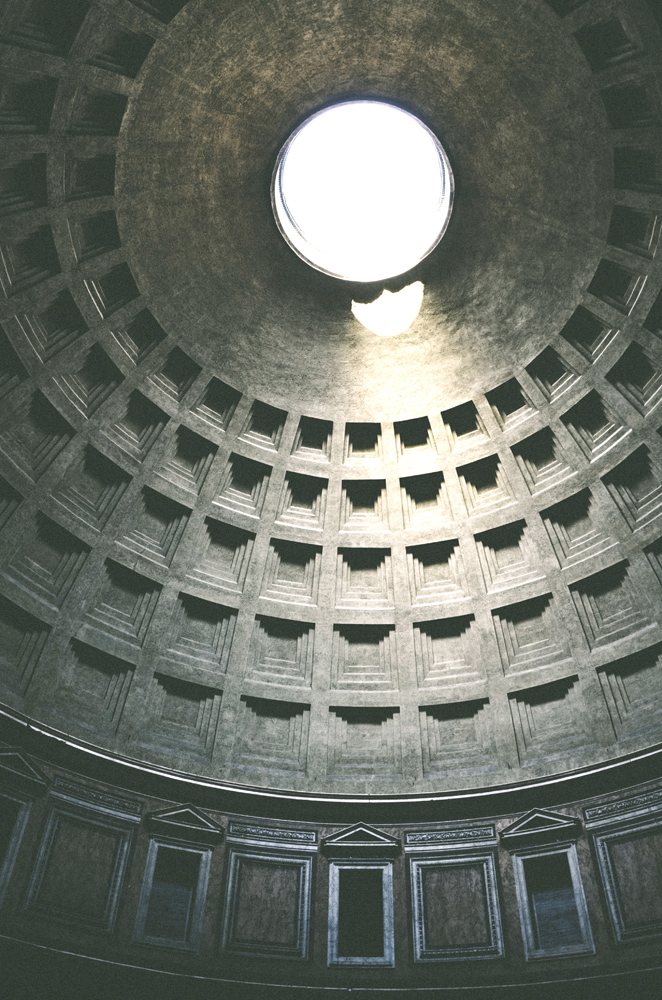 Pantheon Dome : Photo by Lode Lagrainge