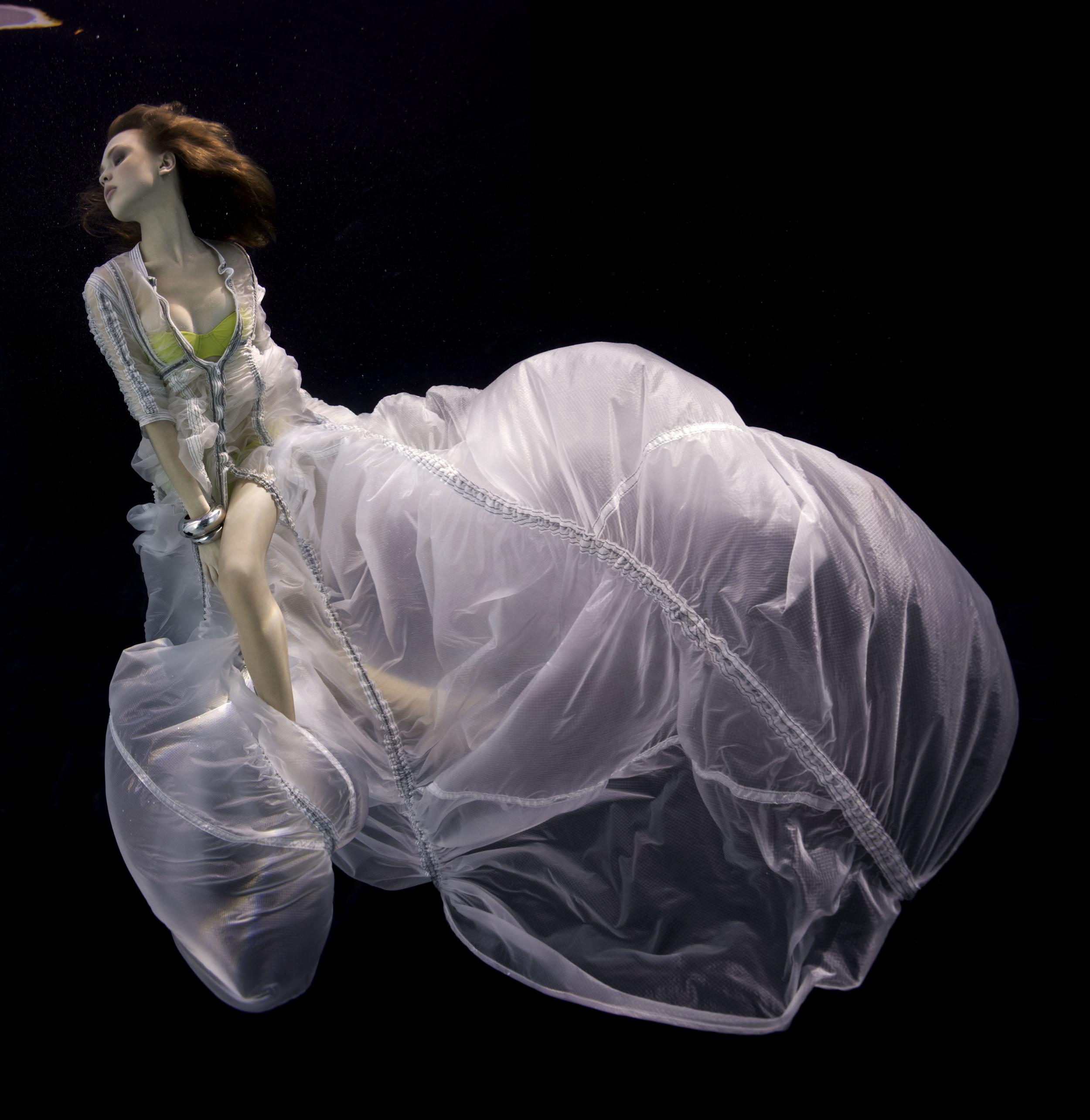 Underwater Study 3223, 2011, Howard Schatz