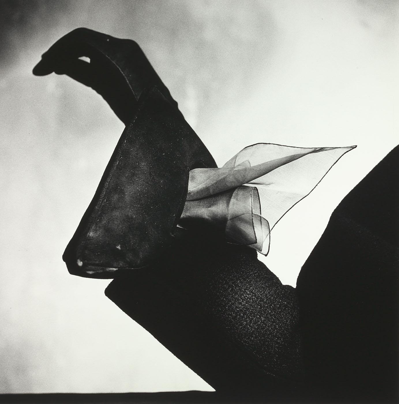 02_Kerchief Glove (Dior), Paris, 1950.jpg
