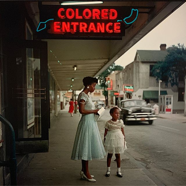 A last look at the elegance and power of Gordon Parks @coopergalleryhc  Struck by his use of the camera as weapon, skillfully being a mirror and silently shouting the truth. An honor to spend time with his genius. . . #gordonparks #socialjusticeart #civilrightshistory