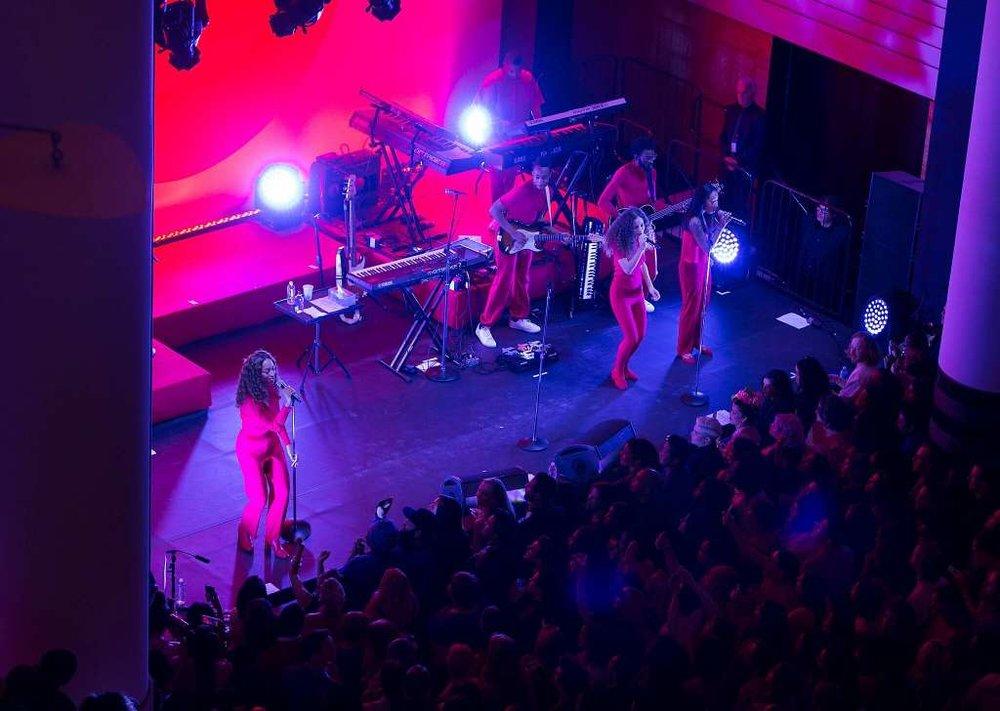 Solange+Stage.jpg