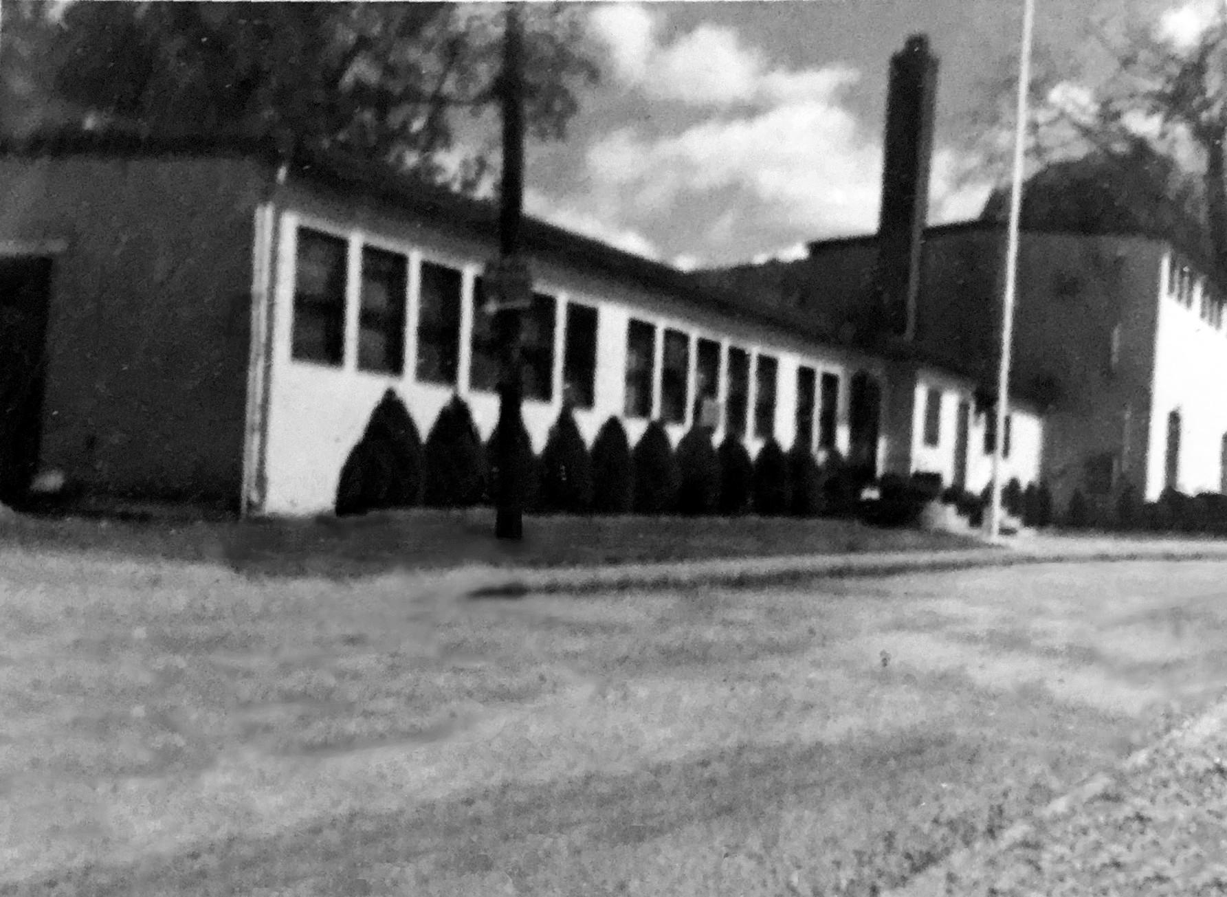 old photo building 1 b&w.jpg