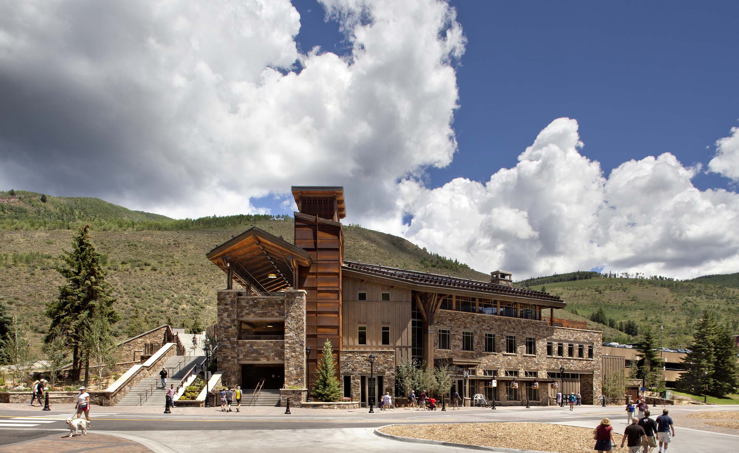 vail_lionshead_welcome_center_visitors.jpg