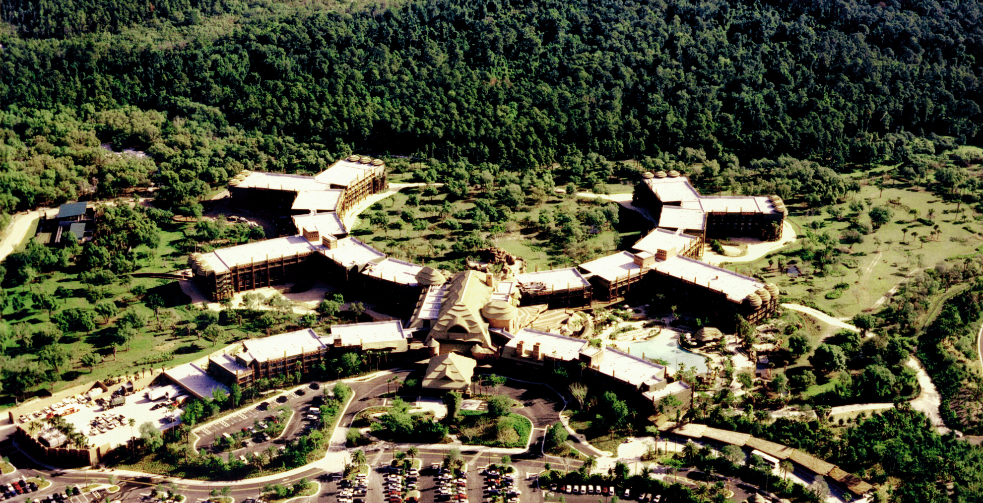 animal_kingdom_lodge_disney_orlando_florida_overview_aerial.jpg