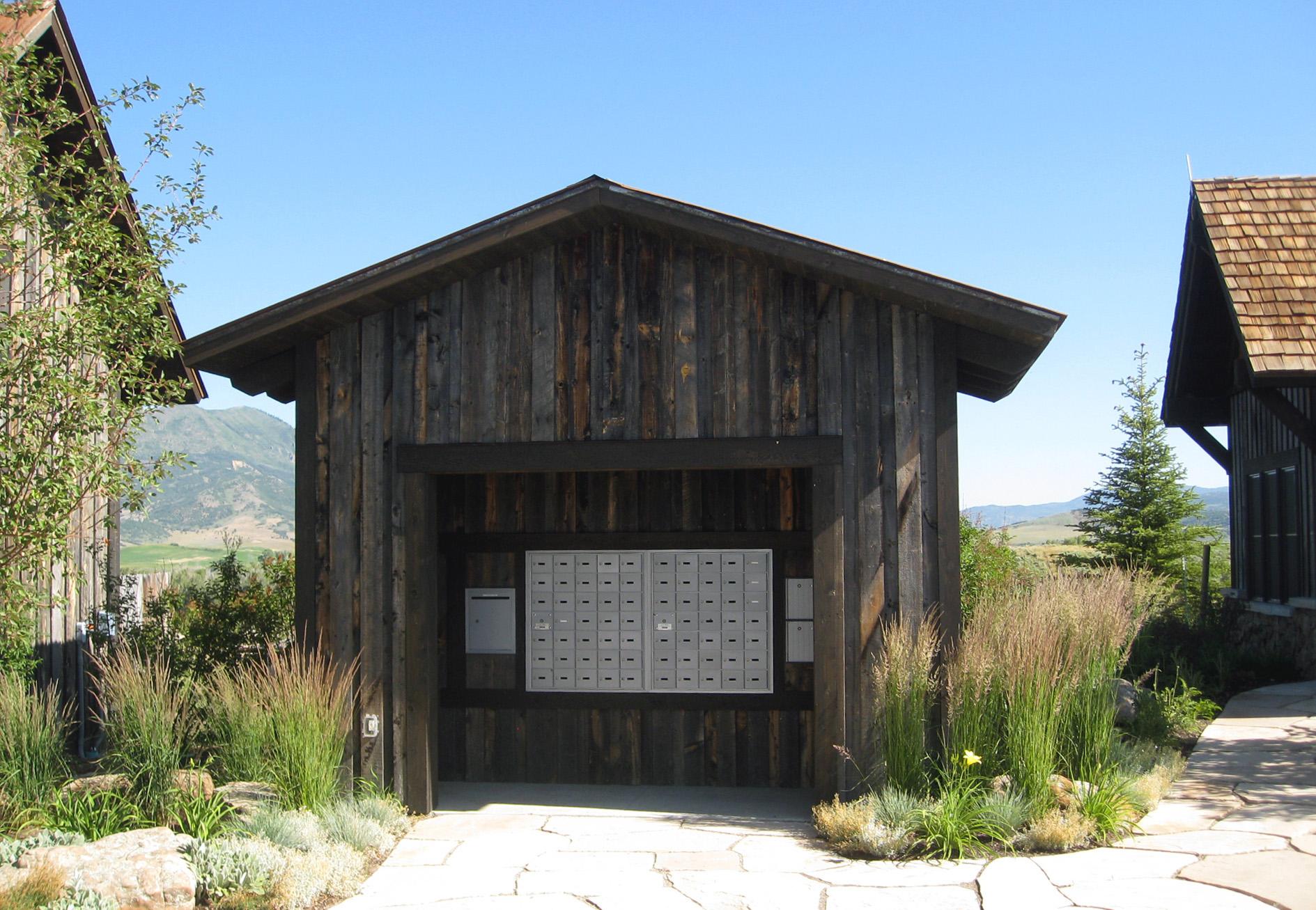 marabou_ranch_steamboat_colorado_cabin.jpg