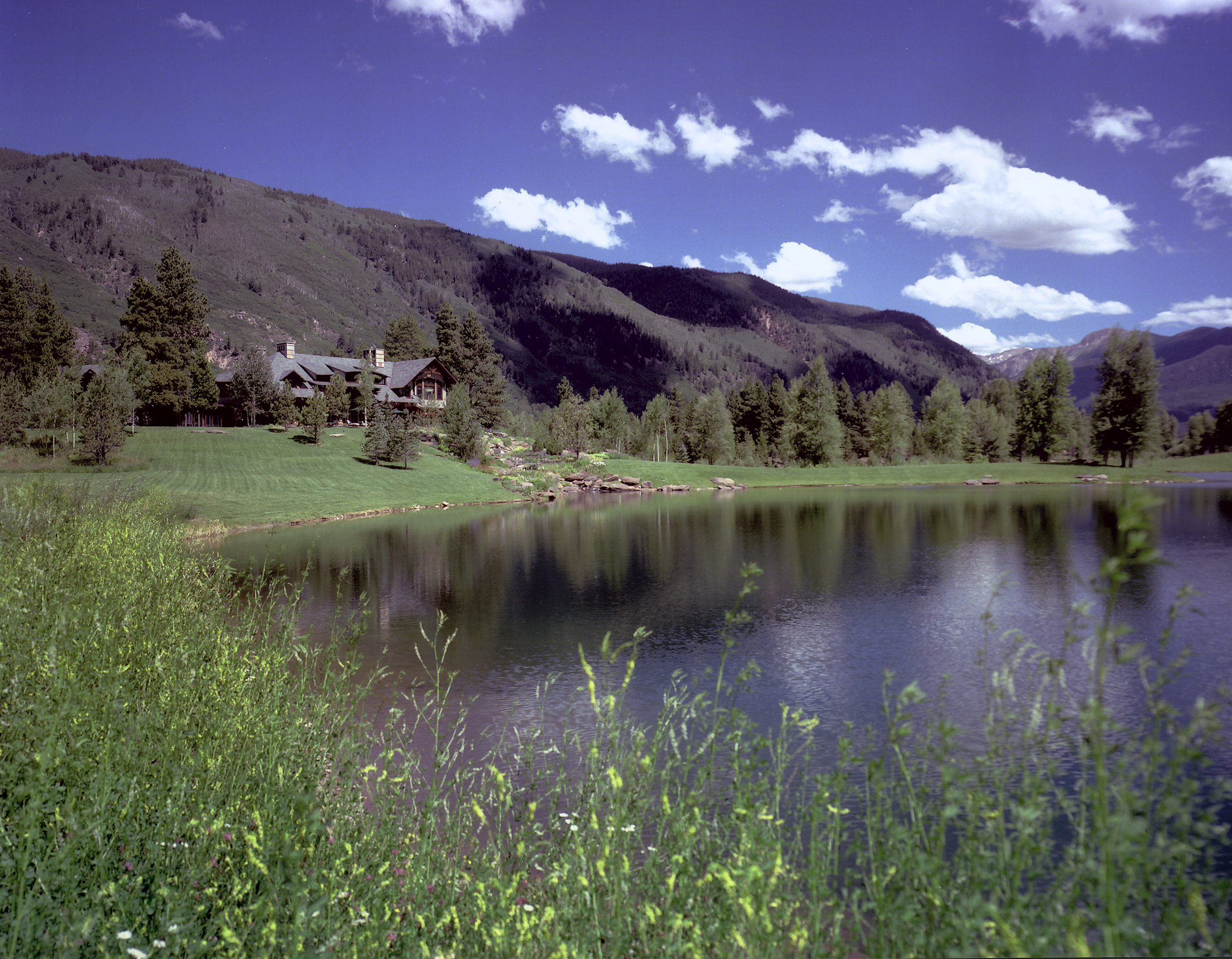 aspen_residence_colorado_lake.jpg