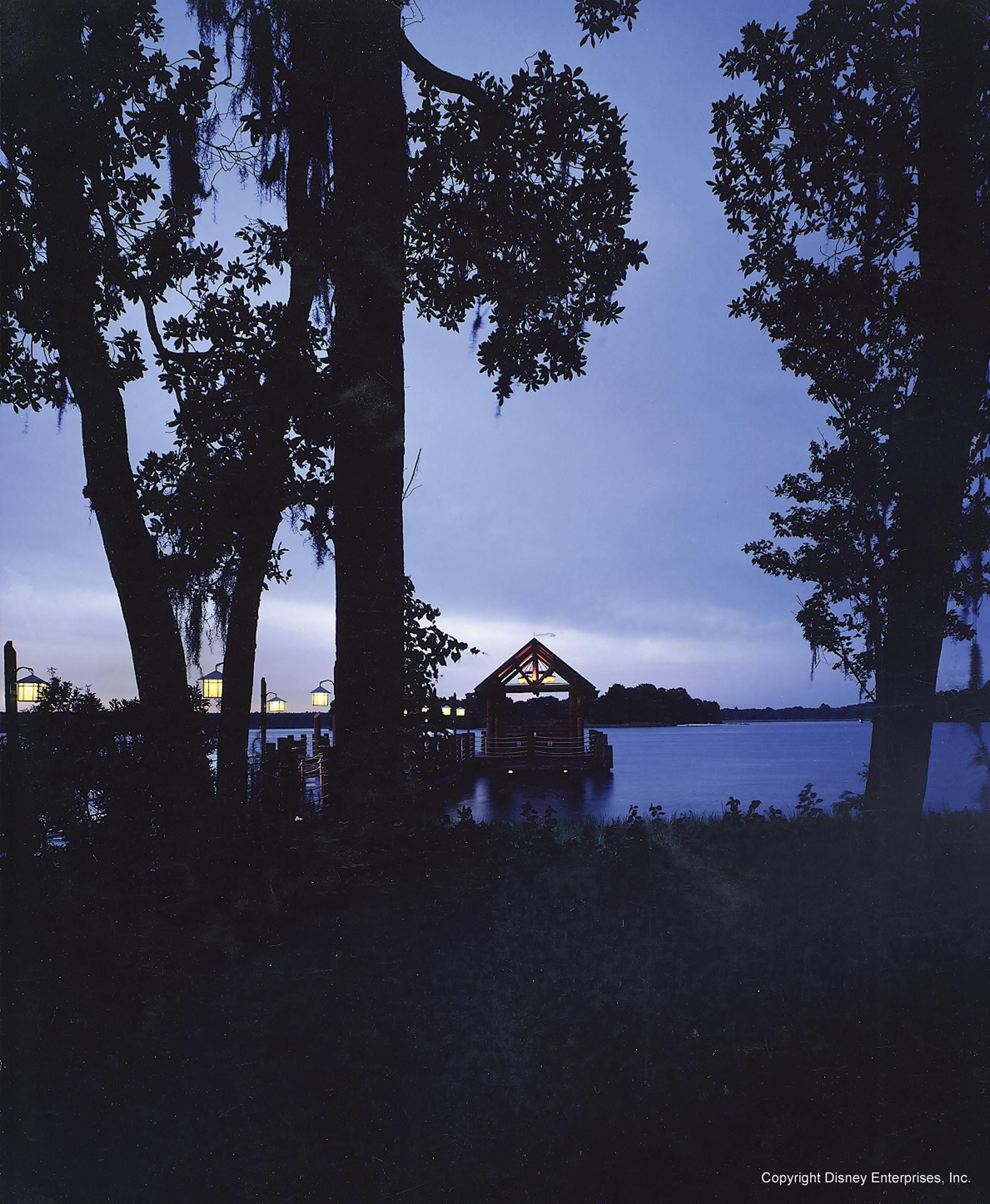 disney_wilderness_lodge_anaheim_florida_dock.jpg