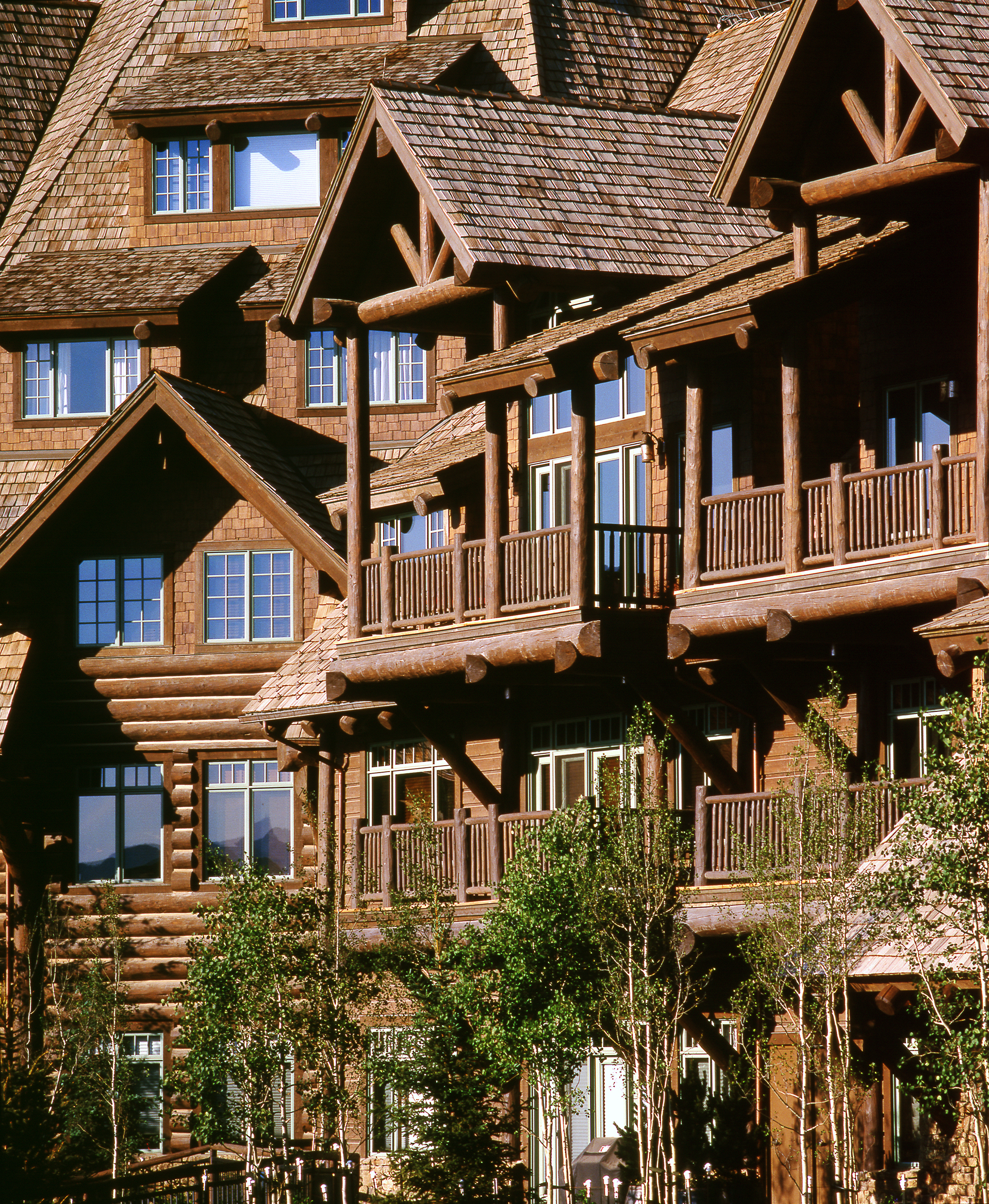 horizon_pass_bachelor_gulch_avon_colorado_wood_detail.jpg