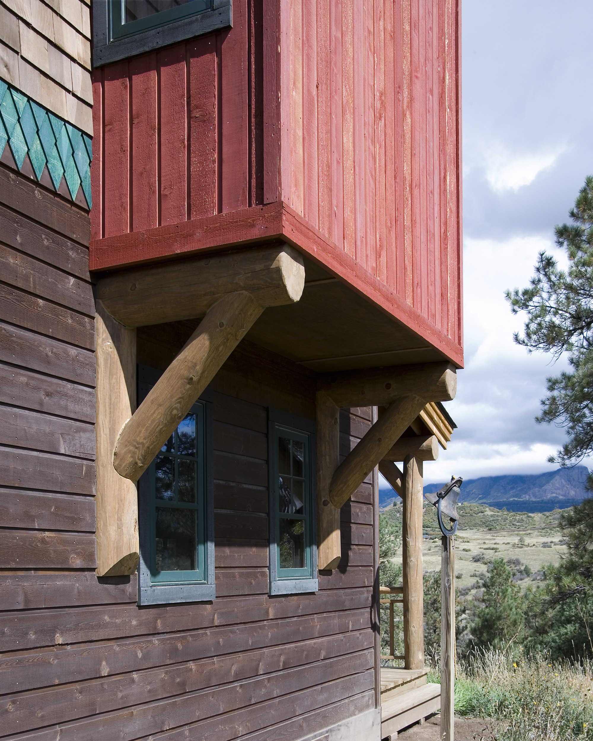 southern_colorado_modern_adobe_wood_detail.jpg