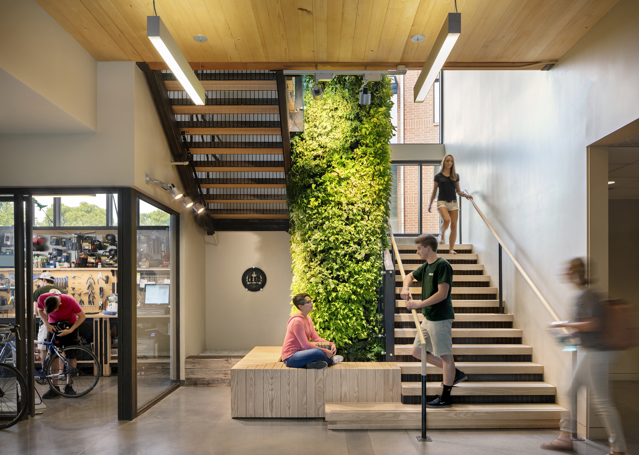 colorado_state_university_fort_collins_pavilion_laurel_village_students_stair.jpg