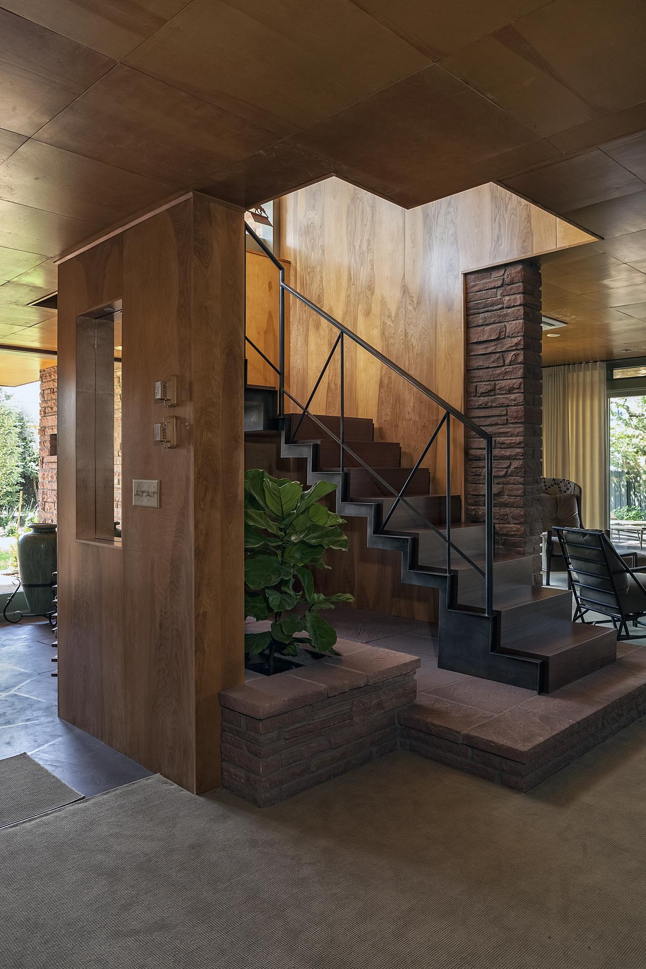 modern craftsman custom stair 1 eudora