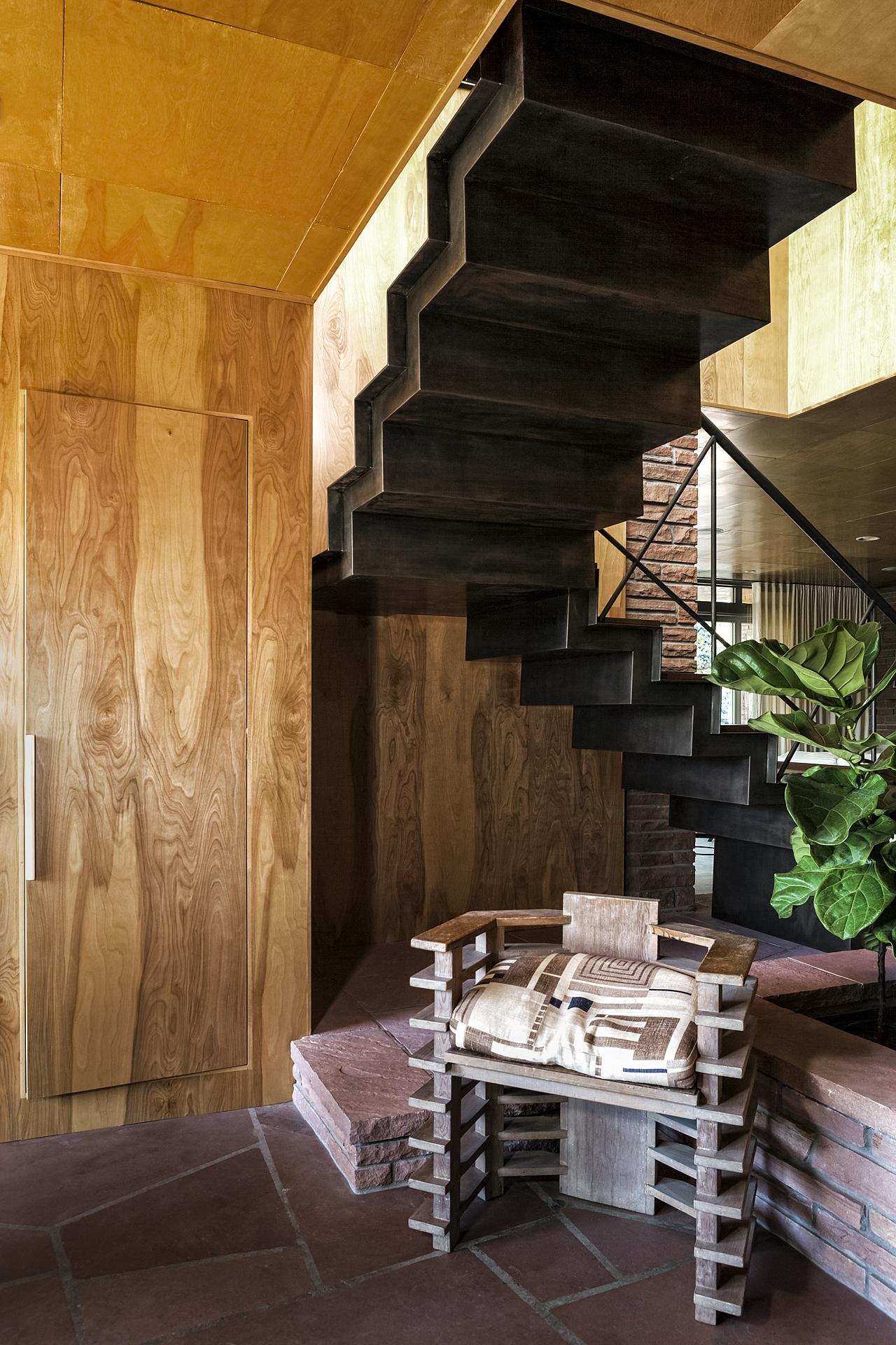 modern craftsman stair frank lloyd wright