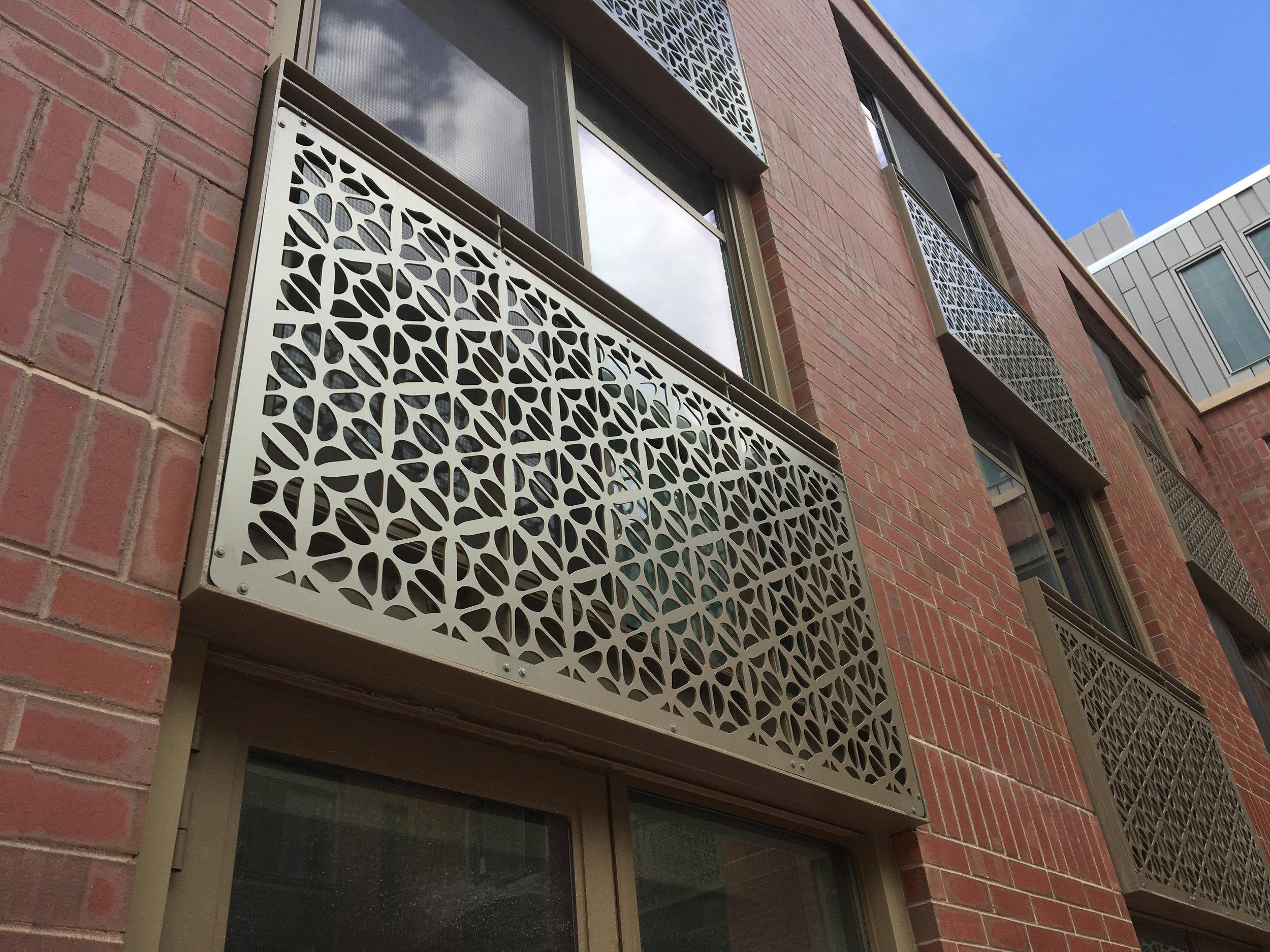Elizabeth Hotel facade detail