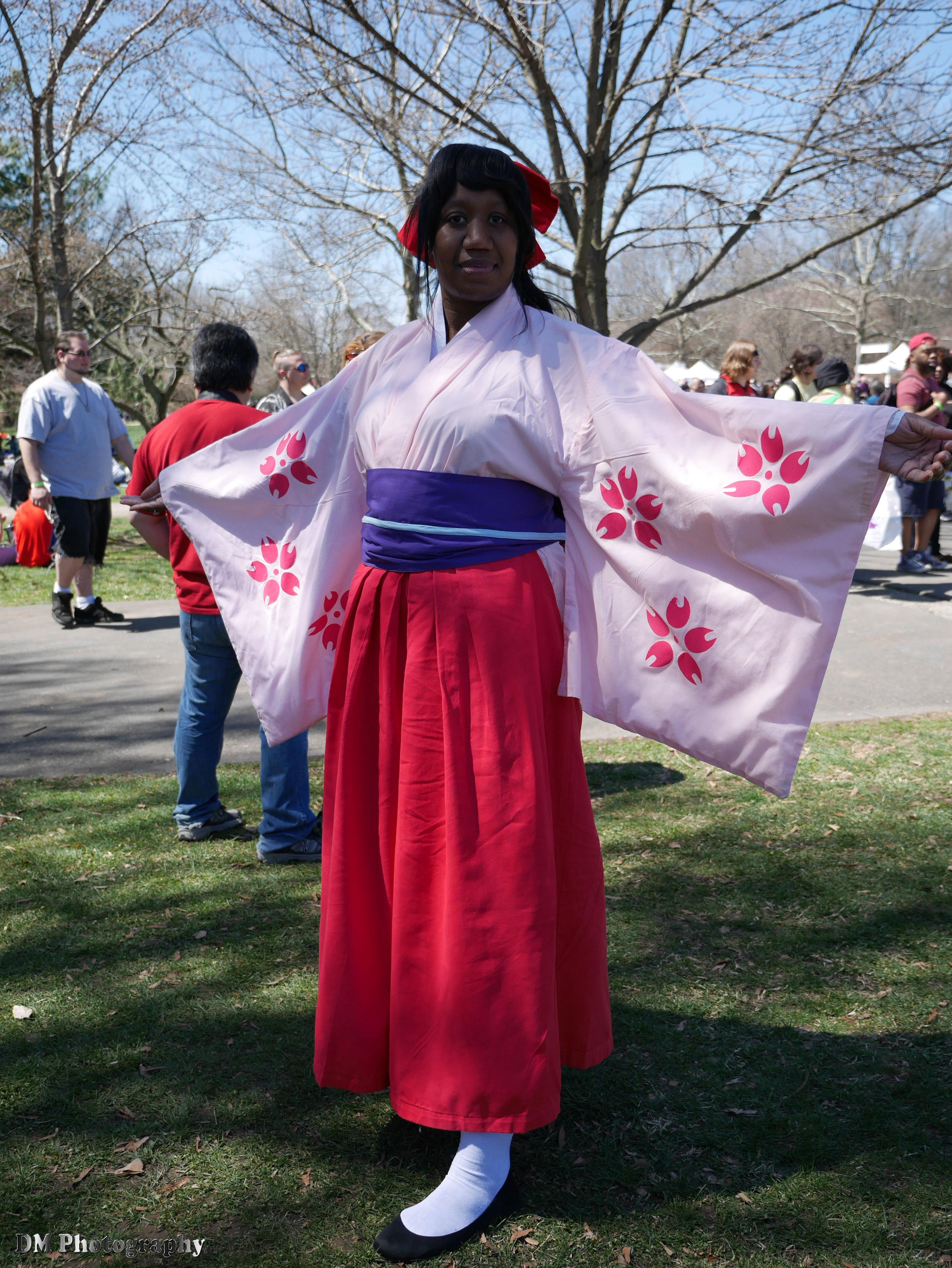 Sakura Shinguji cosplay from Sakura Wars (Sakura Taisen)