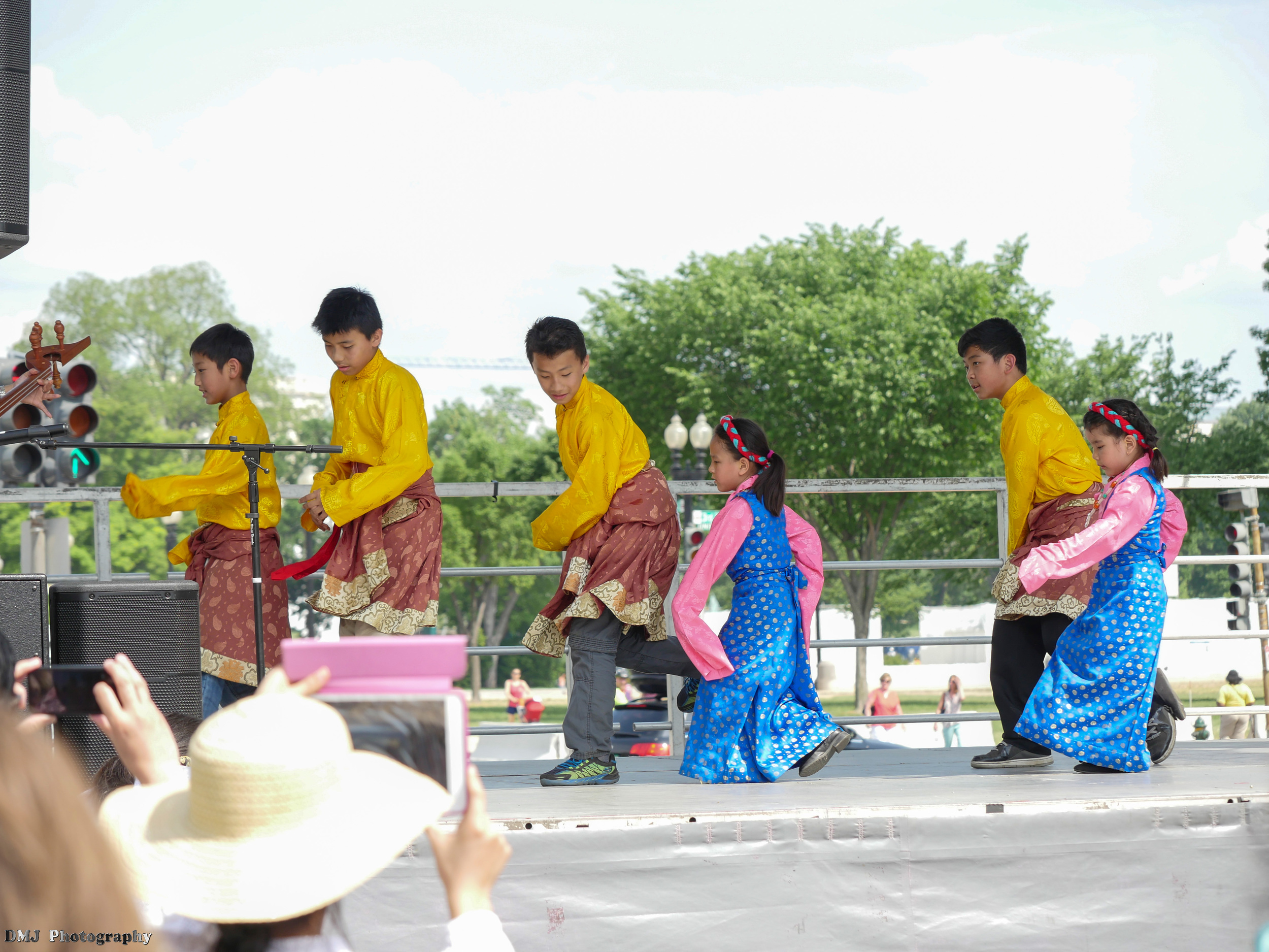 fiesta_asia_street_festival_2015_cultural_stage_02.jpg