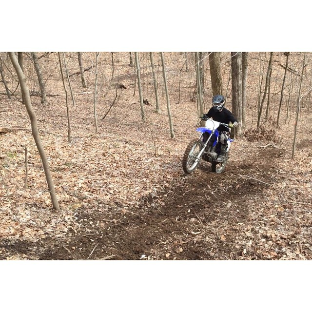 It's the weekend go get dirty! #onanysunday (at On The Ridge In Hampshire Tennessee)