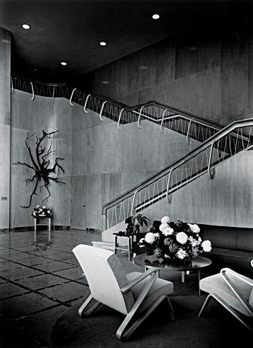 13_J_J-lobby-F_W.jpg