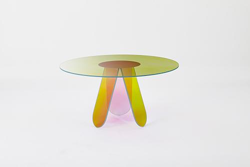 SHIMMER-dining-table_PatriciaUrquiola_03_LR.jpg