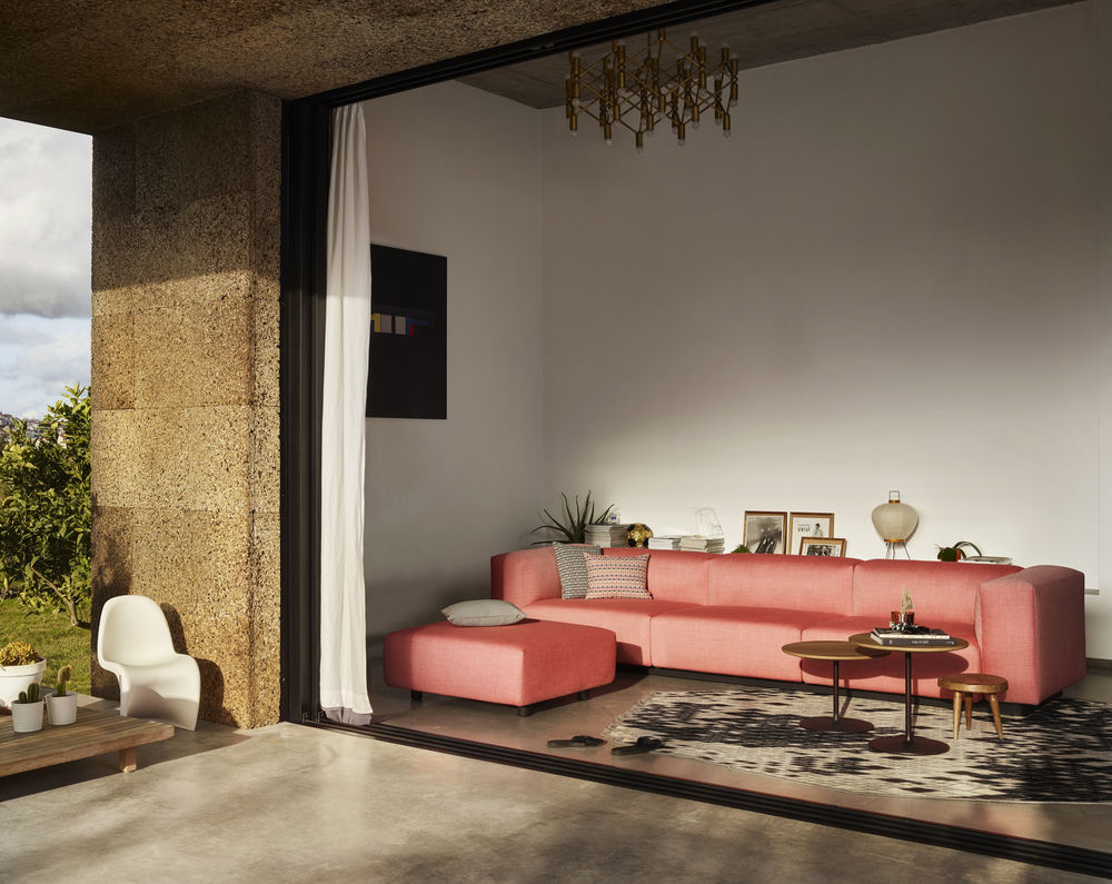 New to Vitra: Occasional side tables and the Soft Modular Sofa by Jasper Morrison.