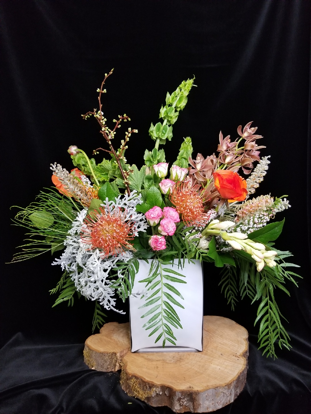 28. Modern showpiece with pincushion and pepperberry