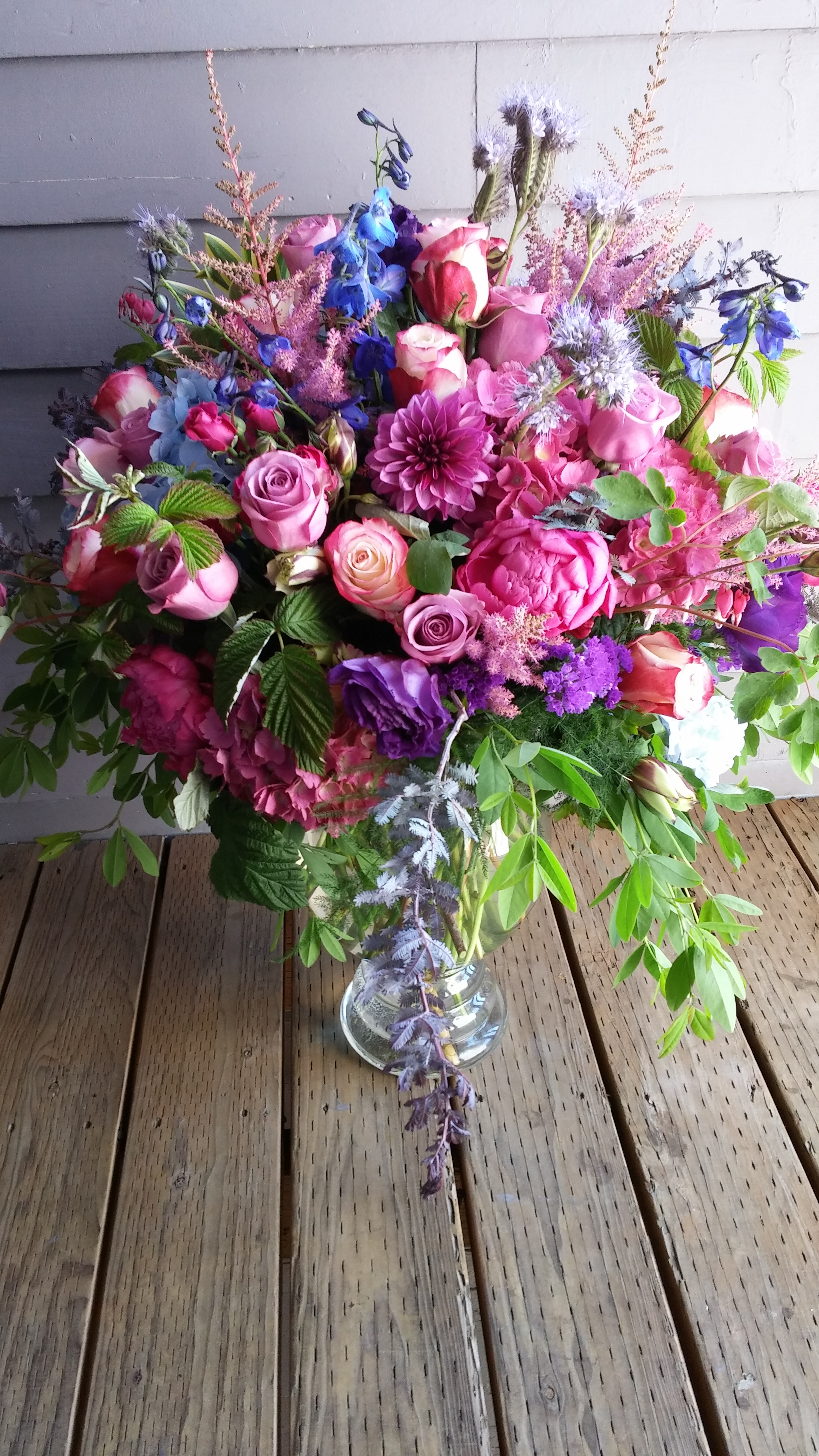 33. Warm lavender and pink overflowing bouquet