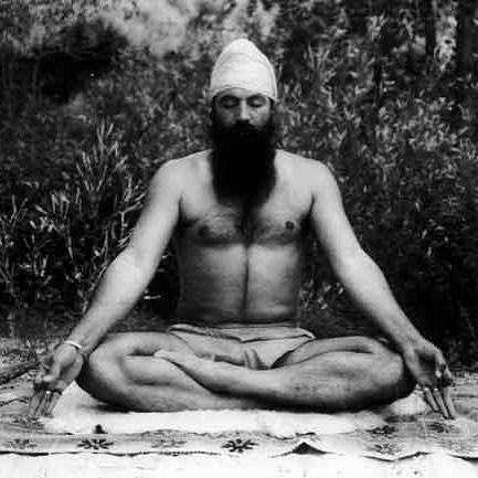"""""""We are not asking you to become religious. We are definitely asking  you to become spiritual. for God's sake, find your soul. Find out where you have come from, what you are doing here, and where you are going. Look at the map of your life."""" Yogi Bhajan  #happybirthday #yogibhajan #kundaliniyoga #commitment #grace #grateful #ancientteachings"""