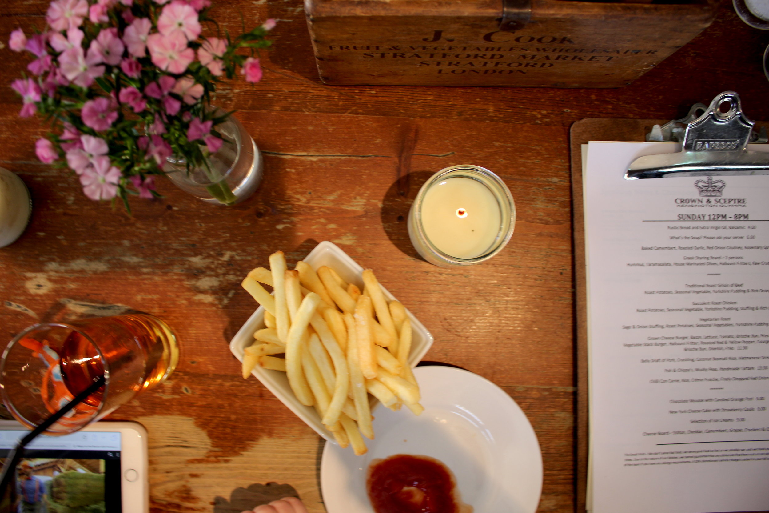 Best Sunday Roast London: The Crown and Sceptre Pub by Holland Park