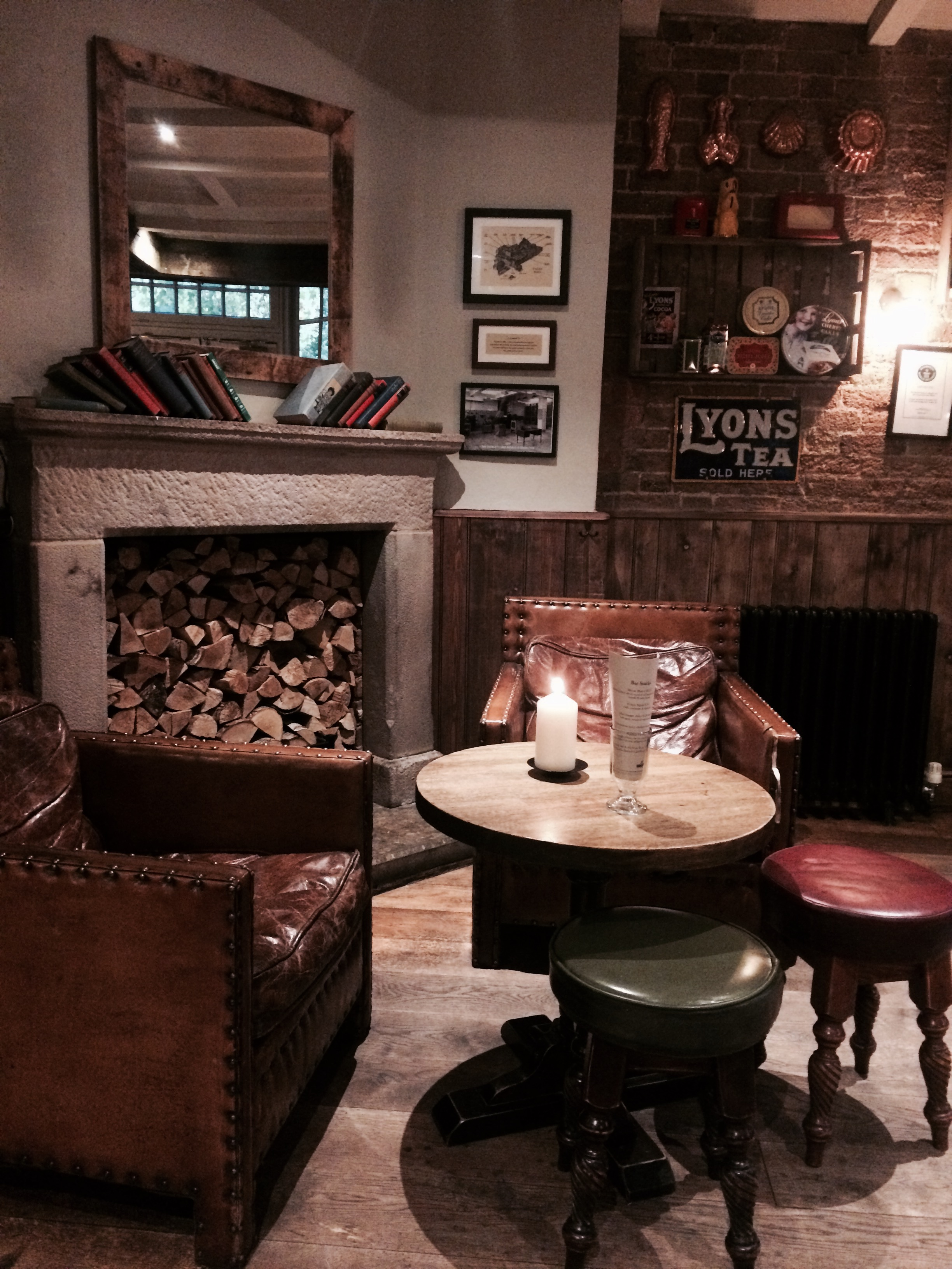 Beautiful London Pub: The Queens Head, Brook Green, Hammersmith London by BoastHouse