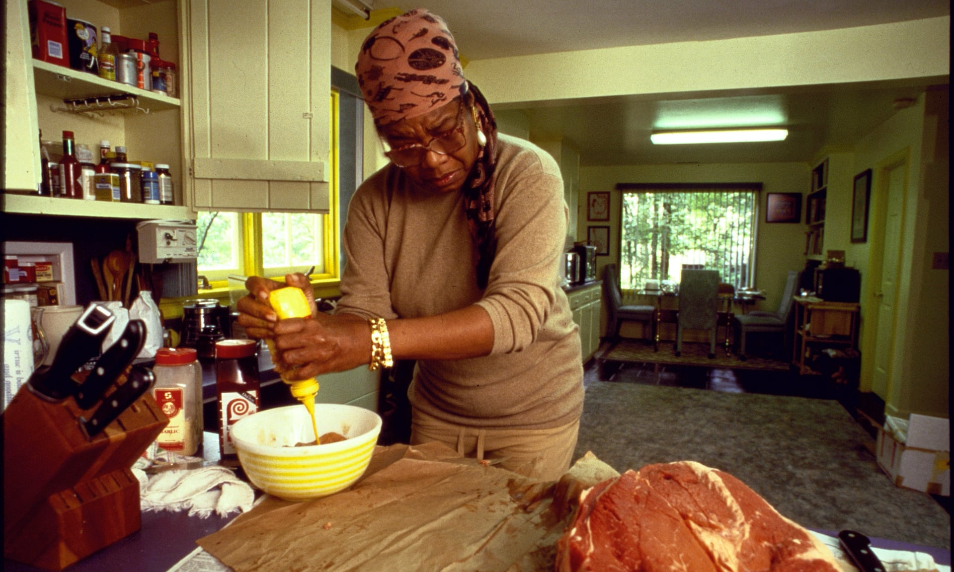 FROZEN IN TIME: MAYA ANGELOU COOKS FOR TONI MORRISON, SEPTEMBER 1994 - (THE OBSERVER FOOD MONTHLY)