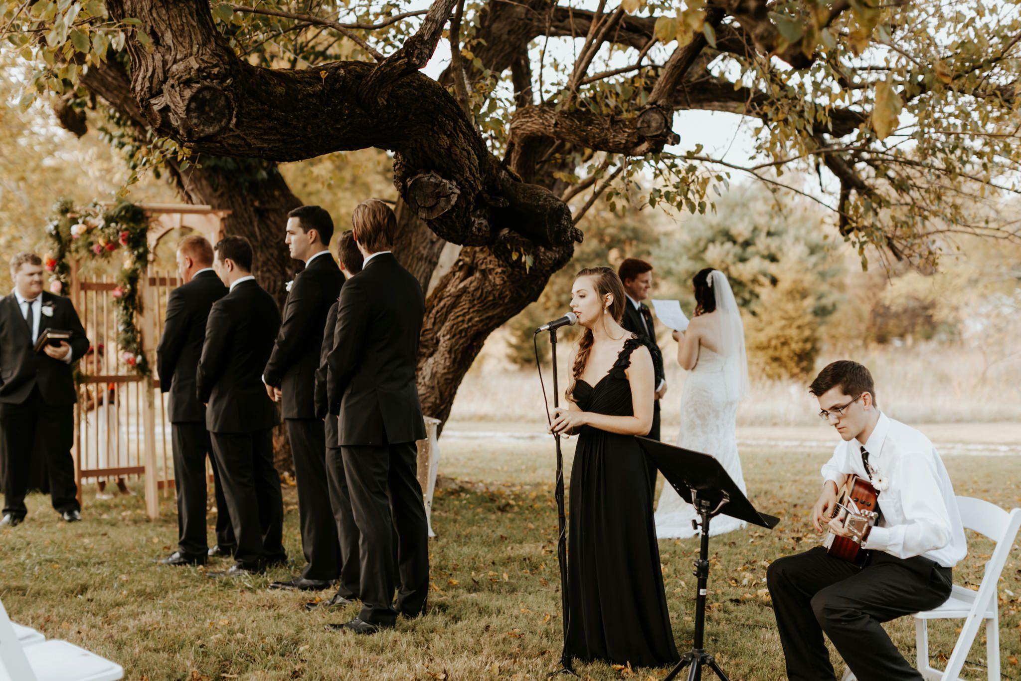 17-09-15 Lindsey and Brandon Wedding Edited-716_WEB.jpg