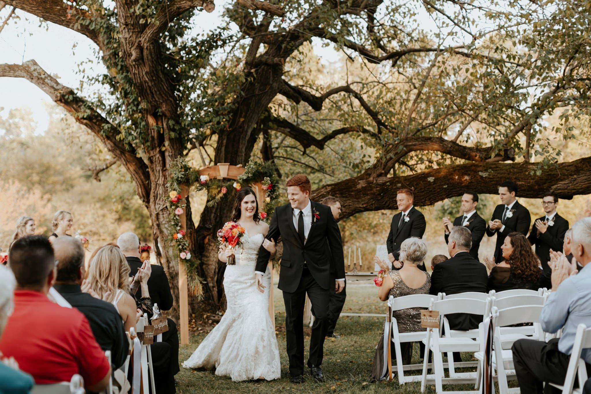 17-09-15 Lindsey and Brandon Wedding Edited-733_WEB.jpg