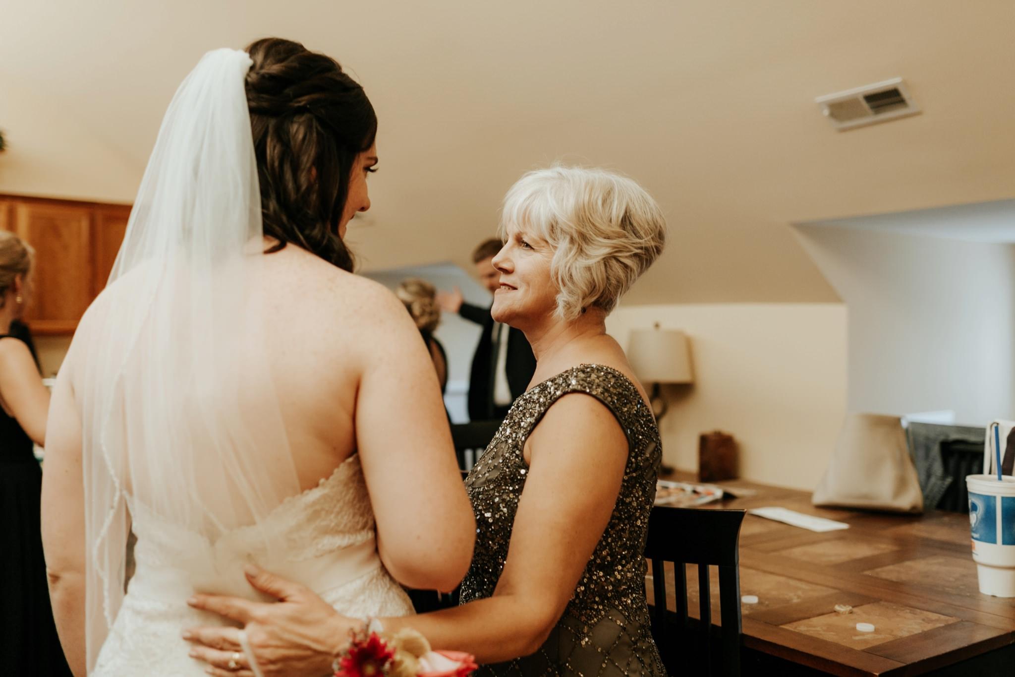 17-09-15 Lindsey and Brandon Wedding Edited-796_WEB.jpg