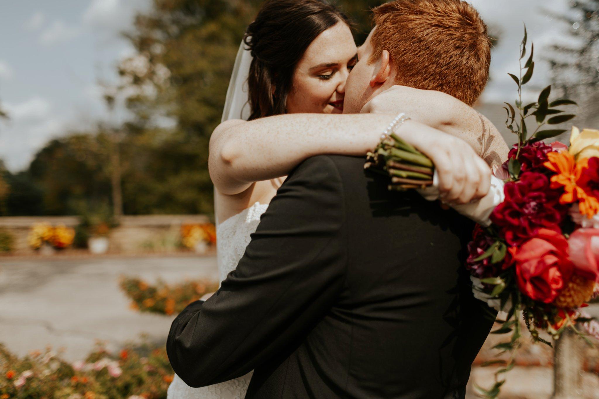 17-09-15 Lindsey and Brandon Wedding Edited-345_WEB.jpg