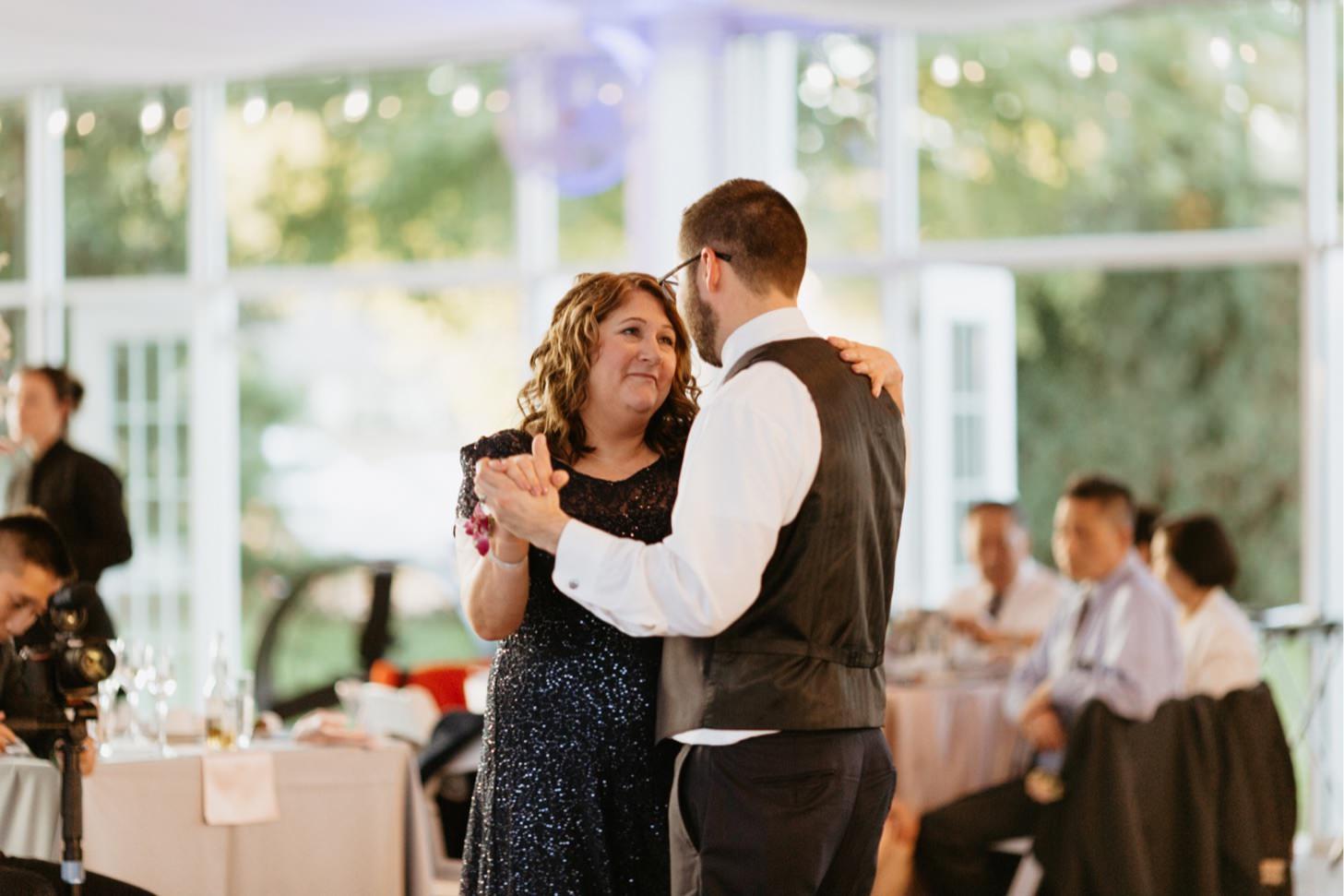 ritz-charles-wedding-reception-downtown-indianapolis-wedding-photographer053.JPG