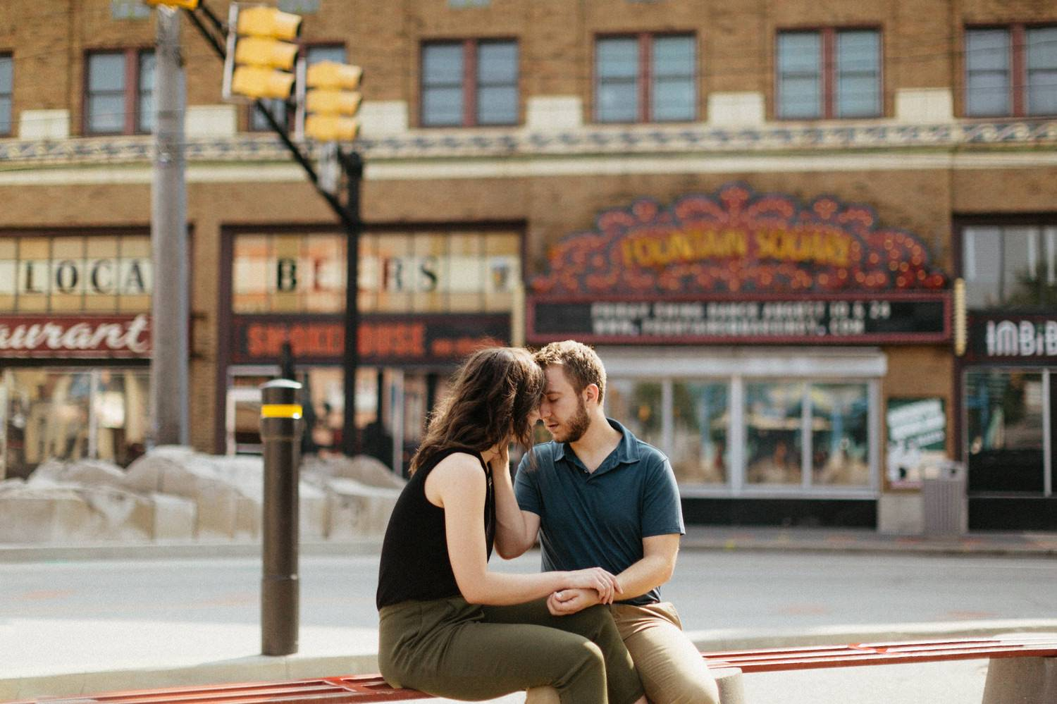 downtown-indianapolis-engagement-session-rooftop-indianapolis-engagement-photographer-kelly-marcelo-photography001.JPG