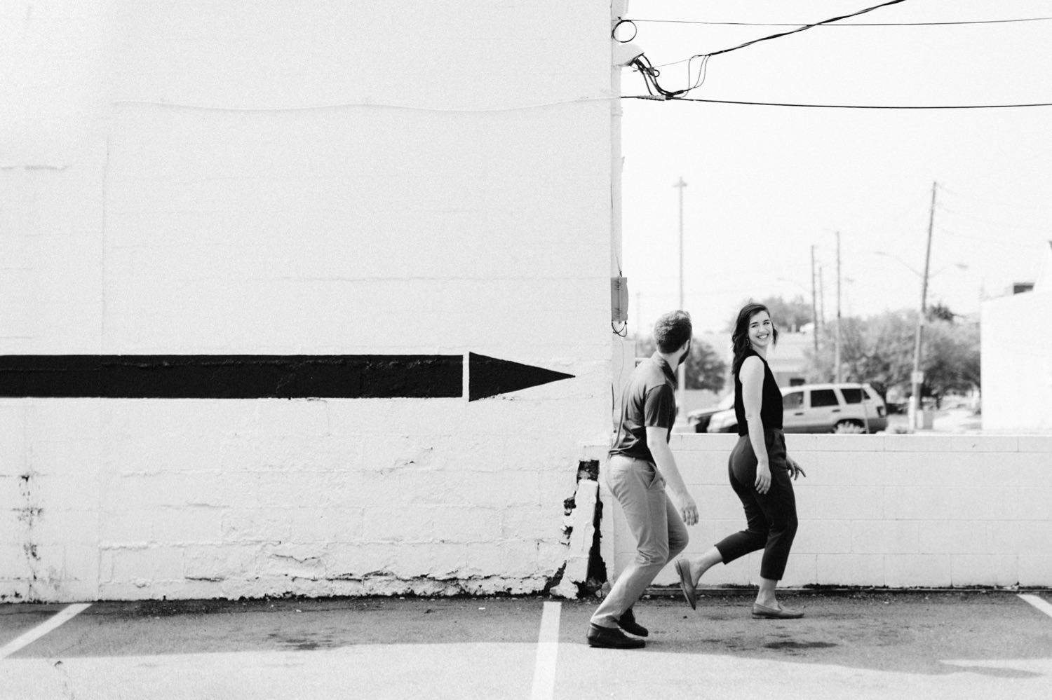 downtown-indianapolis-engagement-session-rooftop-indianapolis-engagement-photographer-kelly-marcelo-photography006.JPG