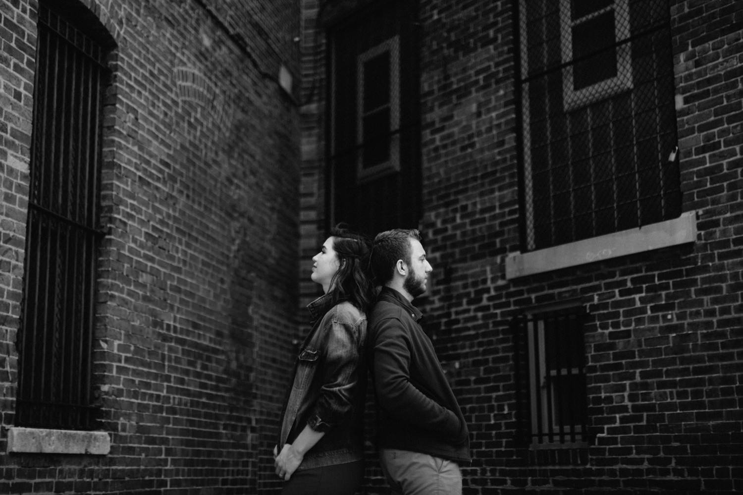 downtown-indianapolis-engagement-session-rooftop-indianapolis-engagement-photographer-kelly-marcelo-photography010.JPG