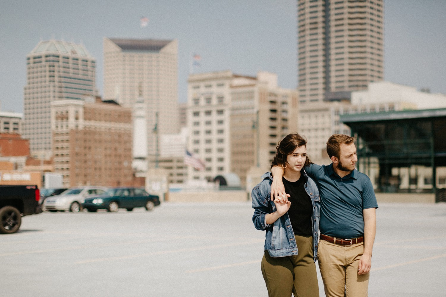 downtown-indianapolis-engagement-session-rooftop-indianapolis-engagement-photographer-kelly-marcelo-photography029.JPG
