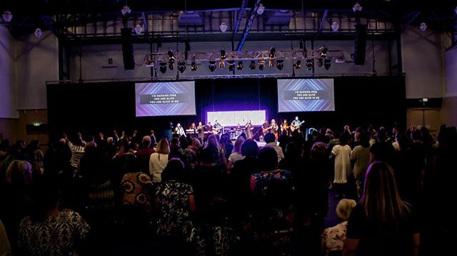 What happens when over 600 women join in unity in the name of Jesus? His Presence comes! #shineconf17 #jesus #presence #worship #unity