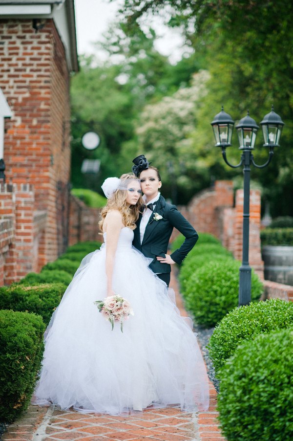 _StyledShoot_IYQ_Photography_TwoBridesIYQPhotography60_low - Copy.jpg