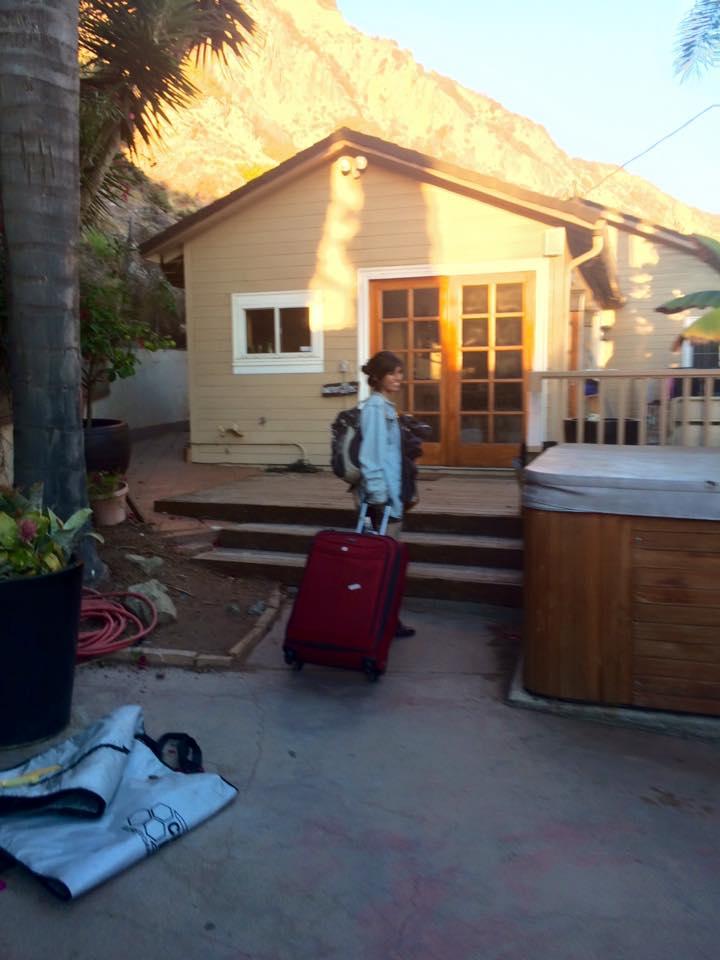 Look at meeeeee! Casa sweet casa.
