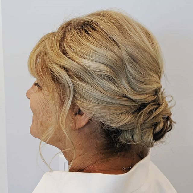 The perfect style for Mom. This low updo is sophisticated without being too uptight. . . . #bellinghamweddings #weddinghair #bridalhair #bridesmaidhair #pnwwedding #lairmontmanor #weddinghairstyle #bridalbeauty #hairideas #vancouverhairstylist #vancouverwedding #updo #updoideas #seattlewedding #vancouverweddings #bellinghamwedding #bride #hairideas #halfuphalfdown #bellinghamhairstylist #seattlehairstylist