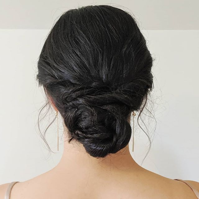 Goddess hair. ✨ . . . #bellinghamweddings #weddinghair #bridalhair #bridesmaidhair #pnwwedding #lairmontmanor #weddinghairstyle #bridalbeauty #hairideas #vancouverhairstylist #vancouverwedding #updo #updoideas #seattlewedding #vancouverweddings #bellinghamwedding #bride #hairideas #halfuphalfdown #bellinghamhairstylist #seattlehairstylist