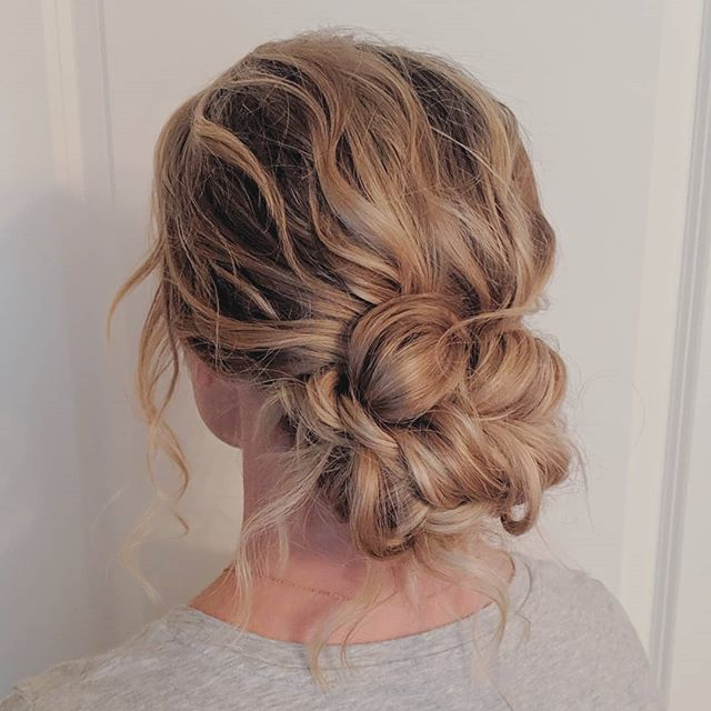 My first wedding season in Bellingham is complete and I'm so grateful for all my 2019 WA brides! Thank you for making my introduction to the Bellingham wedding industry so warm and welcoming. 🥰 Here are some highlights from this season! Looking forward to 2020. 🎉 . . . #bellinghamweddings #weddinghair #bridalhair #bridesmaidhair #pnwwedding #lairmontmanor #weddinghairstyle #bridalbeauty #hairideas #vancouverhairstylist #brockhouserestaurant #vancouverwedding #updo #updoideas #seattlewedding #vancouverweddings #bellinghamwedding #bride #hairideas #halfuphalfdown #bellinghamhairstylist #seattlehairstylist #blainewedding #pointrobertswedding #semiahmoowedding