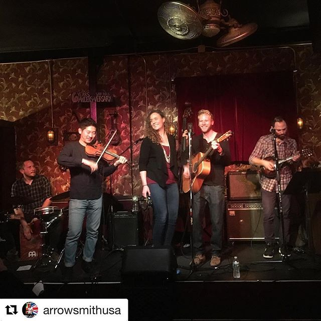 Had a blast playing @thewaystation last night. Thanks @arrowsmithusa for being #1. Feeling real good for our @rockwoodmusichall show on Saturday! ... ticket link in bio ✌🏻️ ------------------------------------------- #rockwoodmusichall #nycmusicians #nycmusic #livemusicnyc #acoustic #harmonies #nyclivemusic #nycweekend #saturdaynight #nyc #lowereastsidenyc #lowereastside