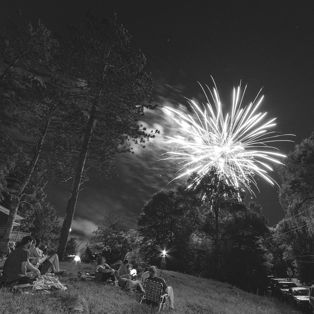 Fireworks_IG_2_1x1.jpg