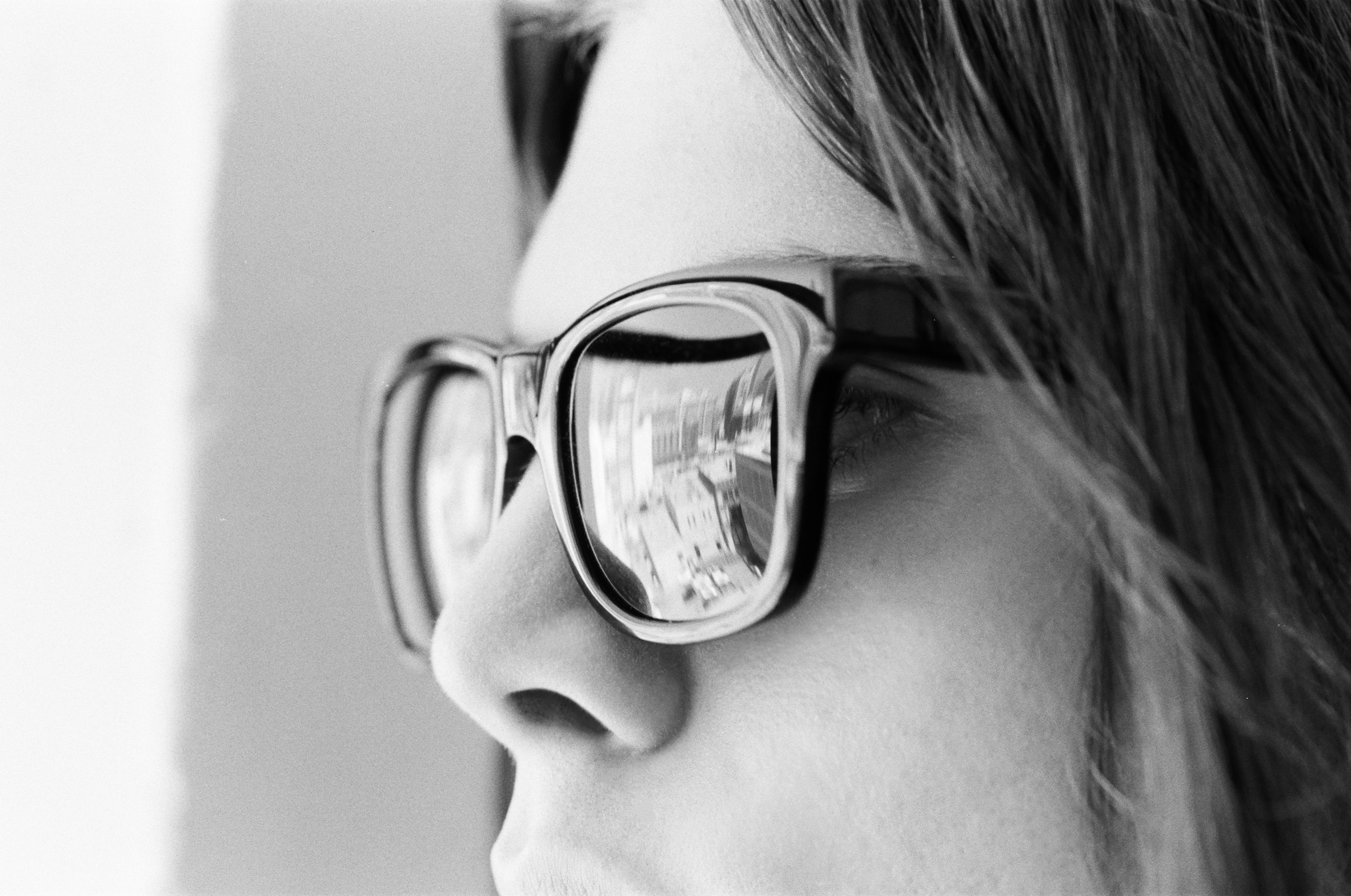 2017-filtrate-eyewear-portrait-acetate-oxford-000094060003.jpg