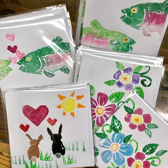 We have new cards!  More designs coming soon... hand stamped from carved potatoes, can we get anything cuter?? #rainbowtrout #bunnies #wereinlove #stamp #handstamped #potatostamp #potatocarving #friggincute #handmade #folkart #countrycute #shoplocal #sticksandstoneshandmade